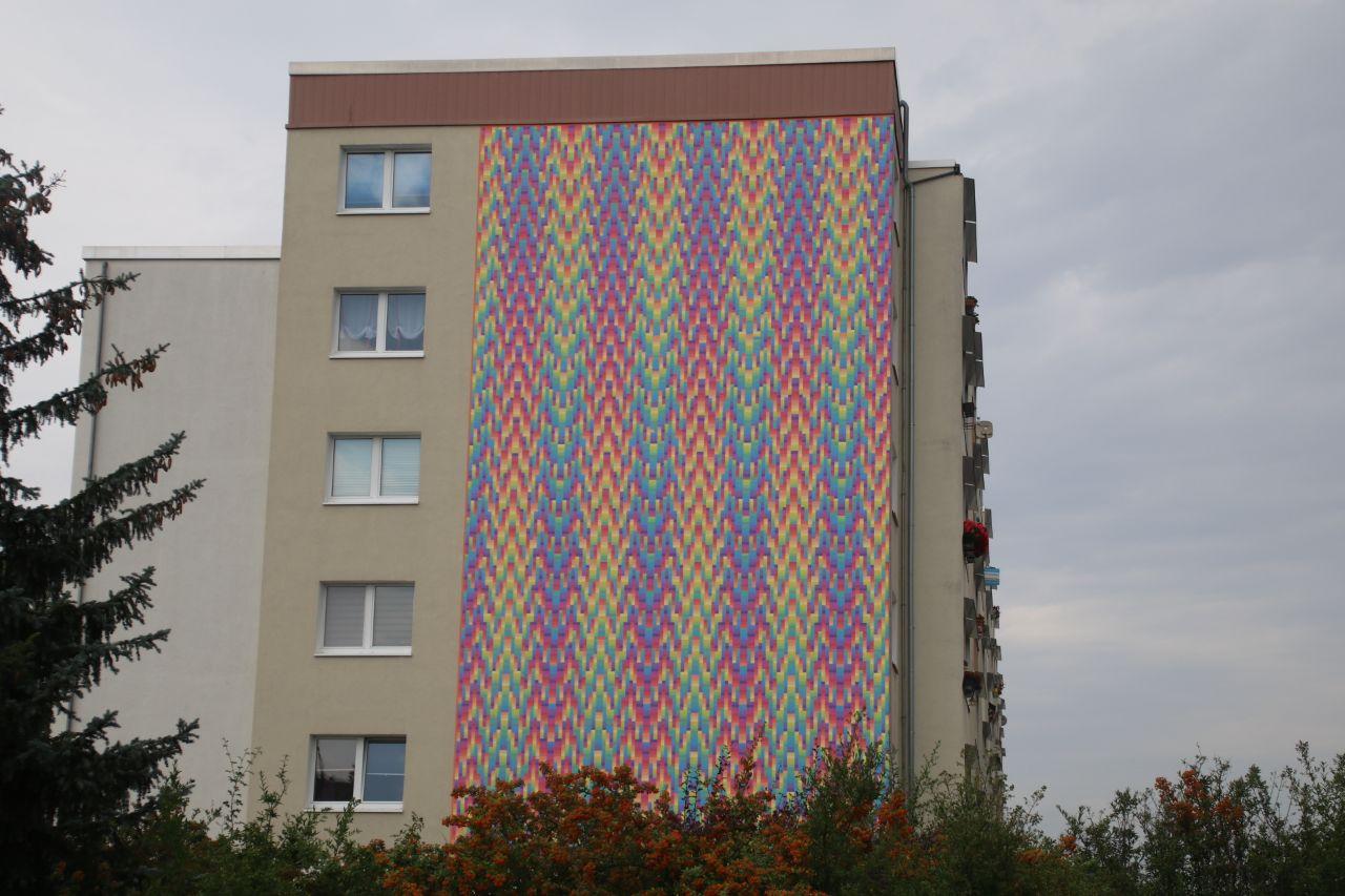 abstrakte wandkunst in halle neustadt du bist halle. Black Bedroom Furniture Sets. Home Design Ideas
