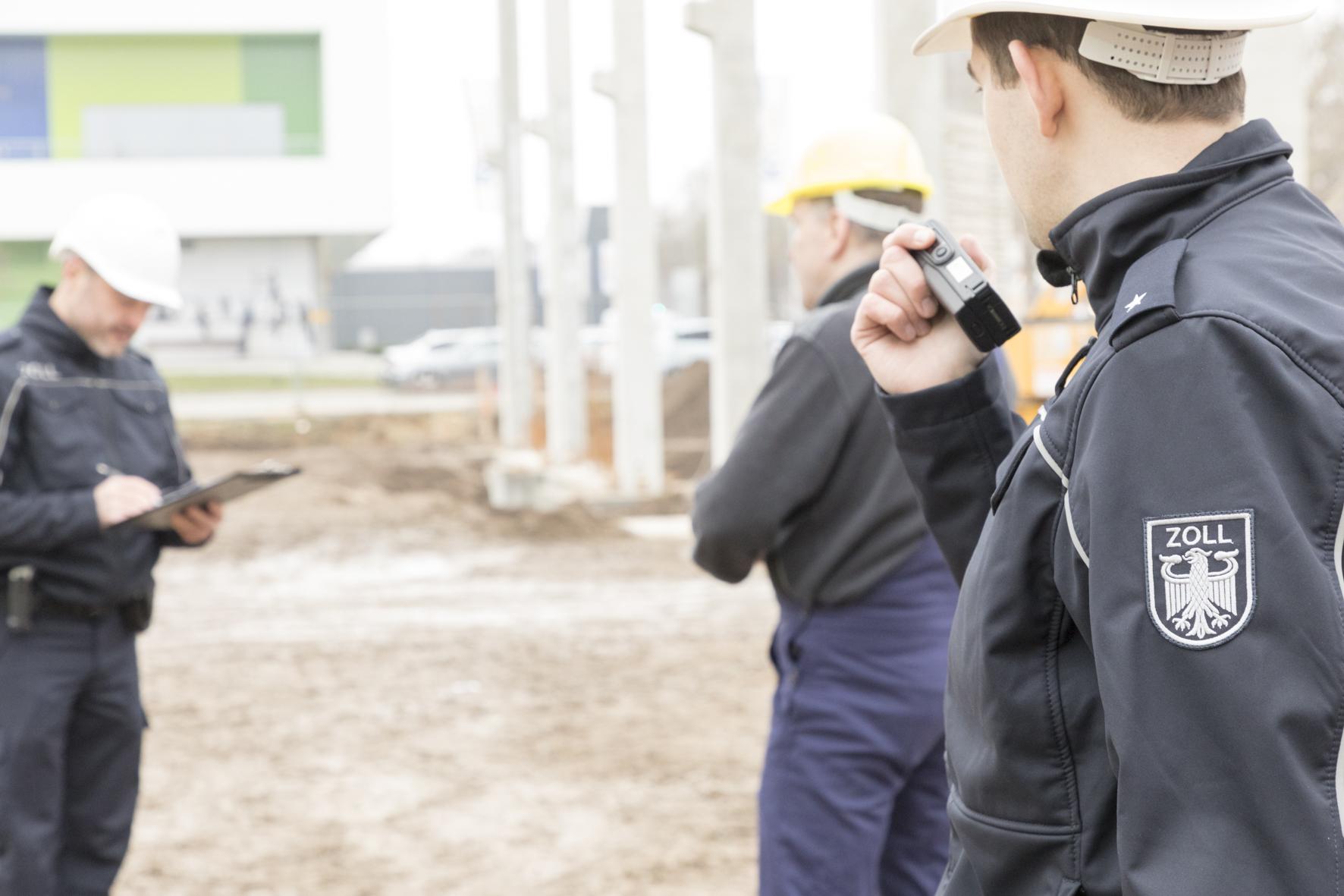 Zoll-Kontrollen auf Baustellen in Sachsen-Anhalt - wegen ...